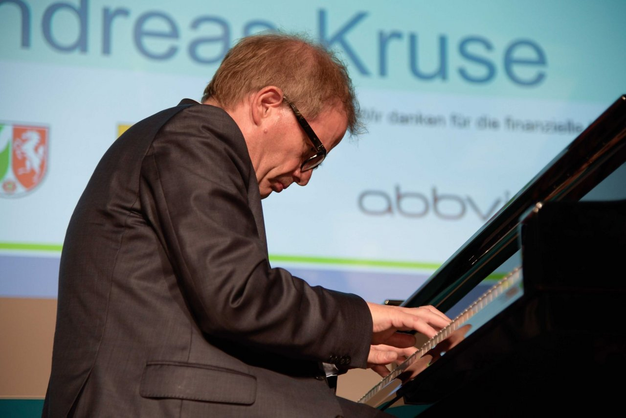 Andreas Kruse am Klavier