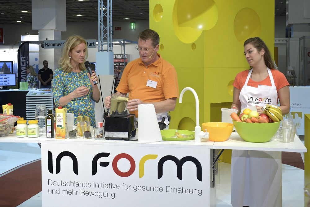 People cooking at the In FORM exhibition stand